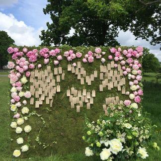 F4Gd Flower Wall